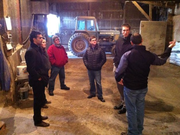 Land O'Lakes Board Chairman Pete Kappelman shares operational experience with the Kellogg Risk Lab team on his farm.